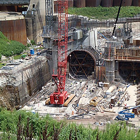 construction at Cannelton Hydroelectric Power Plant